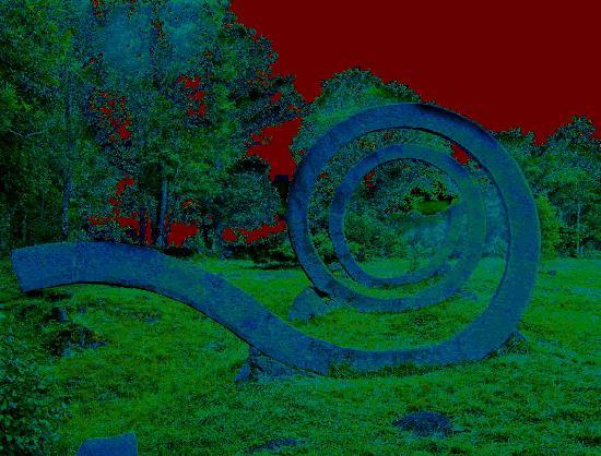 "Prix :50� <br /><br /><a target=""_blank"" href=""http://www.artwindow.fr/aw/img/stan/serpent.jpg""><u>Zoom</u></a>"